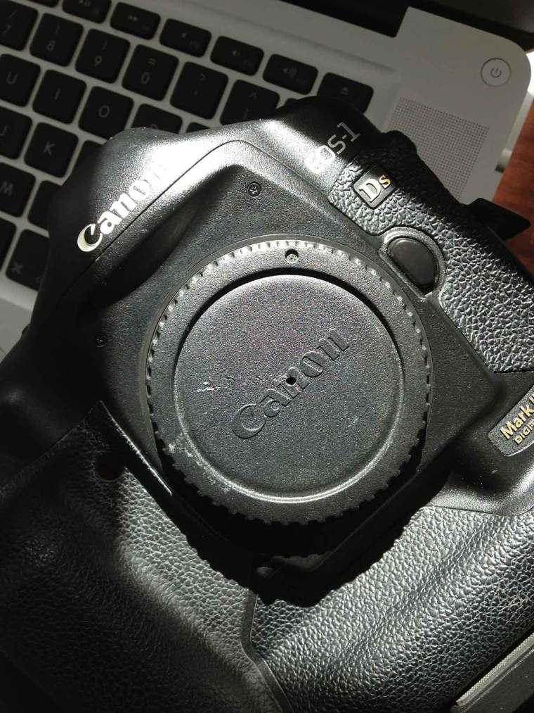 Pin-Hole-Lens